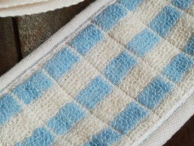乾燥背中 肌潤糖ケア用タオル 洗浄面は使わない