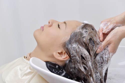 頭皮の乾燥 フケの原因