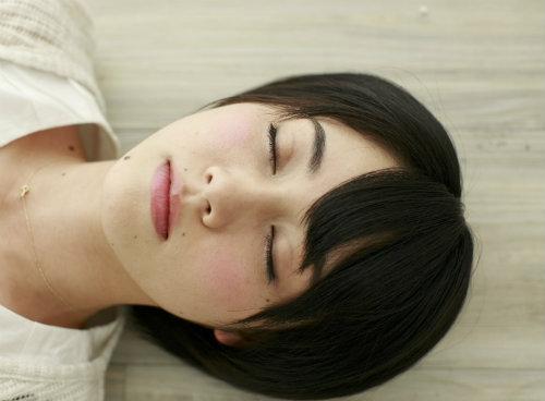肌荒れ 睡眠時間 スキンケア