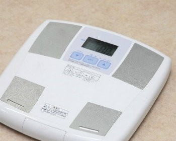 コラーゲン 過剰摂取 肥満の原因?