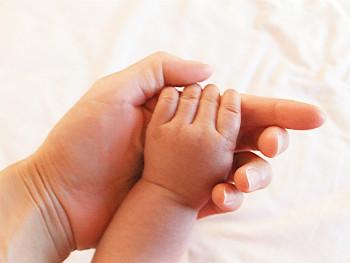 産後ニキビ ケア方法 化粧品を変える