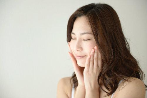 顔筋トレのEMS美顔器