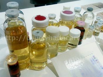 金箔(金粉)入り化粧品 美容液に必要な成分